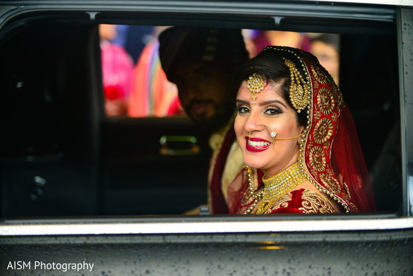 Indian Bride in Chantilly, VA Hindu & Sikh Wedding by AISM Photography
