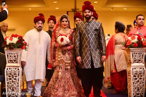 indian bride entrance,indian wedding ceremony,ceremony,south asian wedding,south asian wedding ceremony,hindu wedding ceremony