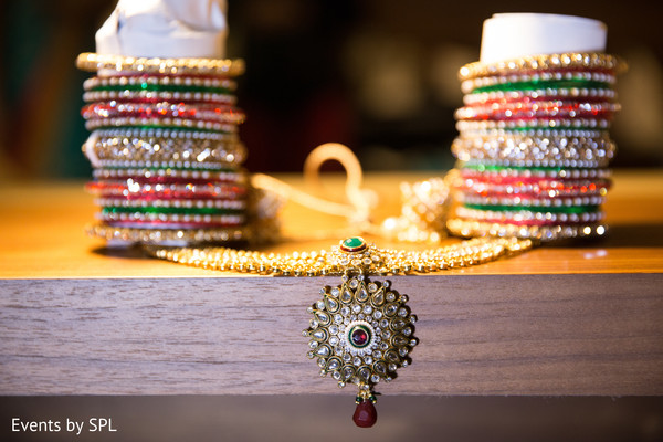 getting ready,bridal jewelry,garba