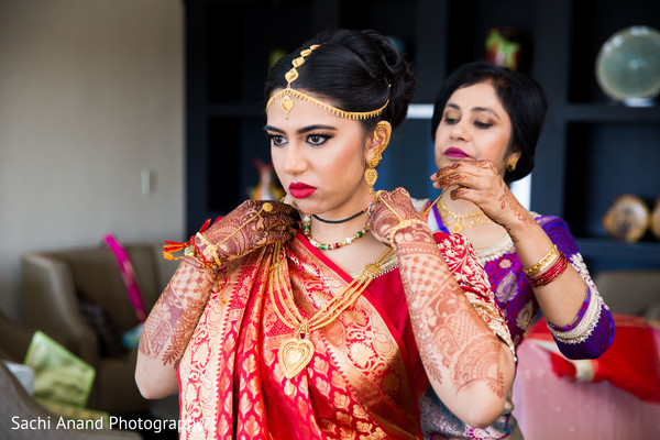 Indian bridal jewelry in Herndon, VA, Indian Wedding by Sachi Anand Photography