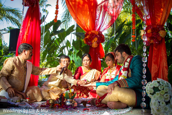 bride and groom portrait,wedding day portrait,bride and groom outdoor photography,bride and groom outdoors,indian wedding,ceremony,indian wedding ceremony,south asian wedding,south asian wedding ceremony