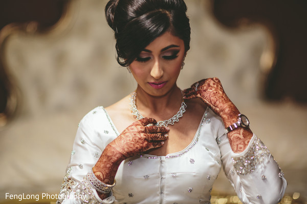 Indian bridal jewelry in Atlanta, GA Indian Wedding by FengLong Photography