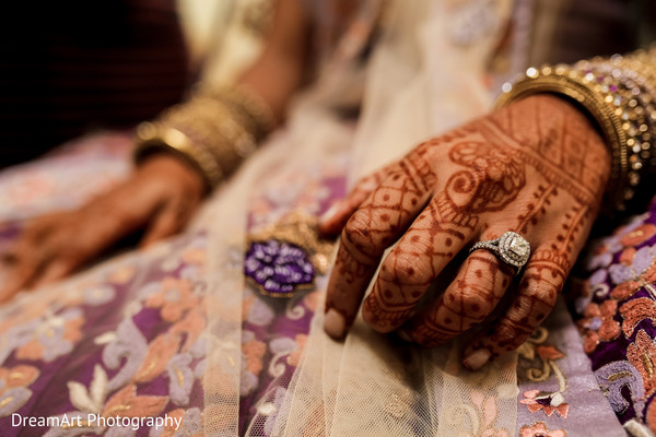 Beautiful Indian Bridal fashion in Cancun, MX Indian Wedding by DreamArt Photography