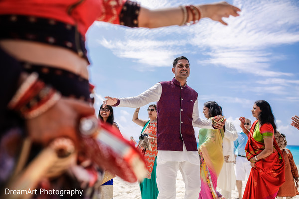 Beautiful Indian Wedding Reception in Cancun, MX Indian Wedding by DreamArt Photography
