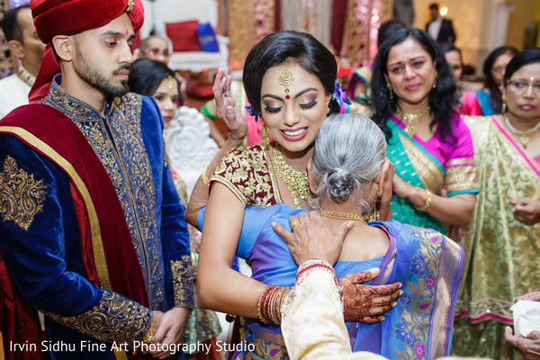 See the family congratulating indian couple in their wedding ceremony in Brampton, ON Indian Wedding by Irvin Sidhu Fine Art Photography Studio