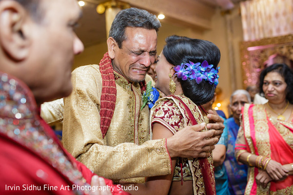 Emotional moment in this indian wedding ceremony in Brampton, ON Indian Wedding by Irvin Sidhu Fine Art Photography Studio