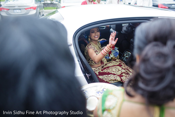 Maharani leaving after her wedding ceremony in Brampton, ON Indian Wedding by Irvin Sidhu Fine Art Photography Studio
