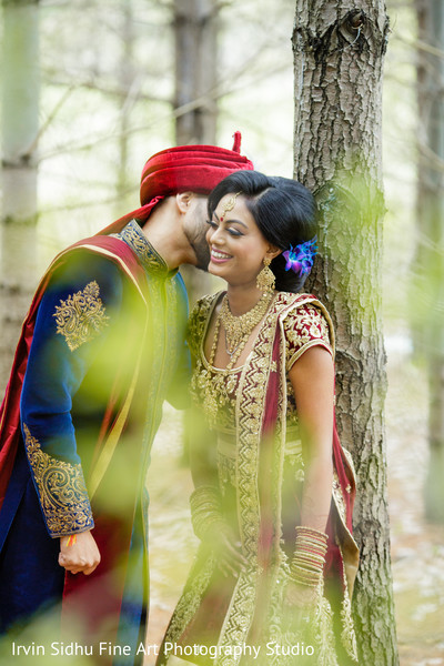 Sweet indian couple having their wedding photoshoot in Brampton, ON Indian Wedding by Irvin Sidhu Fine Art Photography Studio