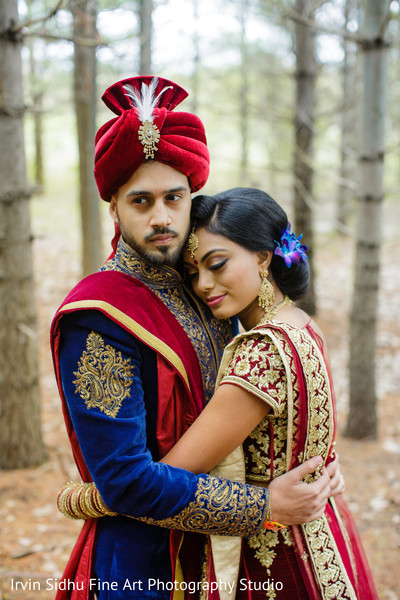 Indian couple hugging in Brampton, ON Indian Wedding by Irvin Sidhu Fine Art Photography Studio