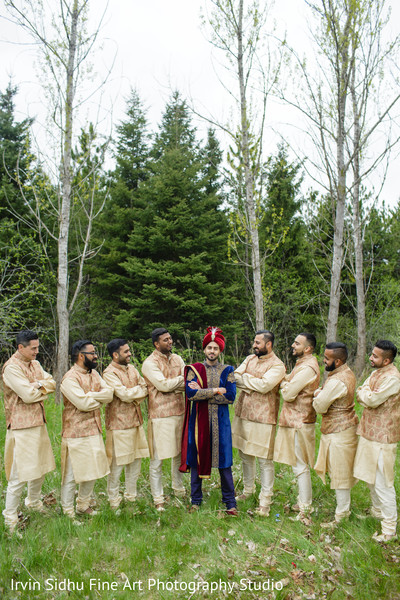 Perfecto shot of indian groom with his groomsmen in Brampton, ON Indian Wedding by Irvin Sidhu Fine Art Photography Studio