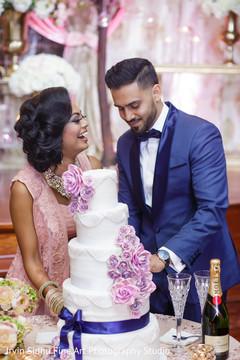 indian wedding,indian couple,indian wedding cake