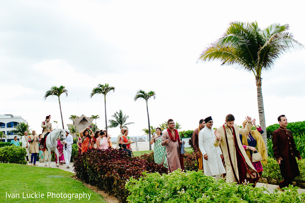 A nice Indian Wedding ritual in Playa del Carmen Playa del Carmen Destination Indian Wedding by Ivan Luckie Photography