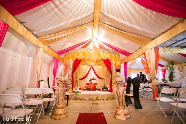 Indian wedding ceremony d?cor in Richmond Hill, NY Indian Wedding by MaxPhoto NY