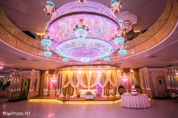 Reception d?cor in Richmond Hill, NY Indian Wedding by MaxPhoto NY