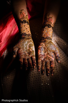 mehndi,mehndi artist,bridal mehndi