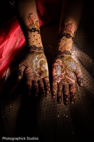 Fabulous bridal mehndi design. in Alexandria, VA Indian Wedding by Photographick Studios