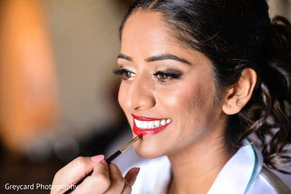 Indian Bride Getting Ready in Azusa, CA Indian Fusion Wedding by Greycard Photography