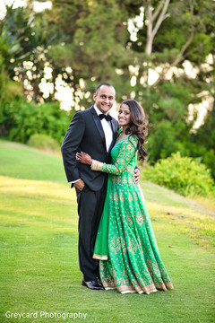 indian bride and groom portrait,indian fusion reception day portrait,bride and groom portrait,indian wedding day portrait,bride and groom outdoor photography,bride and groom reception portrait