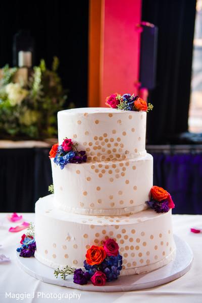 indian wedding cake designs,white indian wedding cake