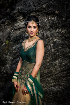 indian bride,indian wedding hair and make up,indian bridal make up,indian bride portrait