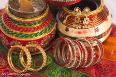 indian wedding bangles,bangles,indian bridal bangles,churis,bridal churi,jewelry