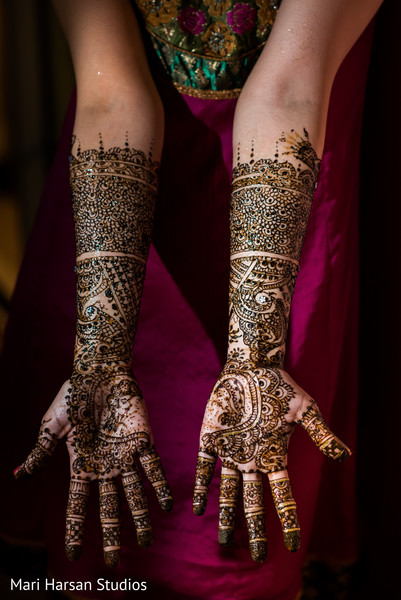 See this romantic mehndi bridal design. in Southhampton, Bermuda Indian Wedding by Mari Harsan Studios