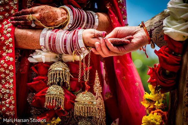 Perfect close up photo of indian wedding ceremony. in Southhampton, Bermuda Indian Wedding by Mari Harsan Studios