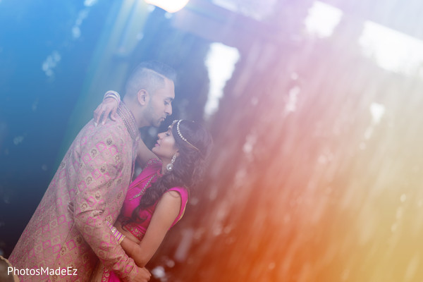indian wedding photography,indian bride and groom,indian pre-wedding photography session