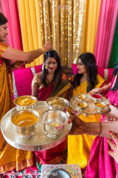 sangeet,family sangeet,yellow sari