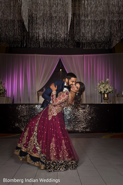 unique reception photo,indian couple,wedding reception