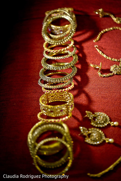 indian wedding bangles,bangles,indian bridal bangles,churis,bridal churi,jewelry