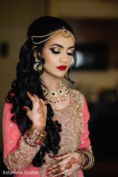 indian bride,indian bridal,indian bridal portrait,indian bride fashions,indian bride style