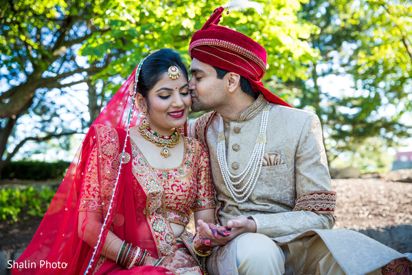 indian wedding photography,indian bride and groom,pre-wedding ceremony photography