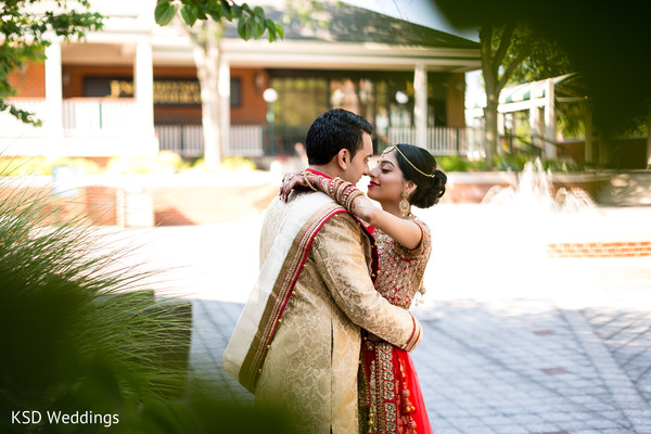 couple portrait,indian couple portrait,indian wedding couple portrait