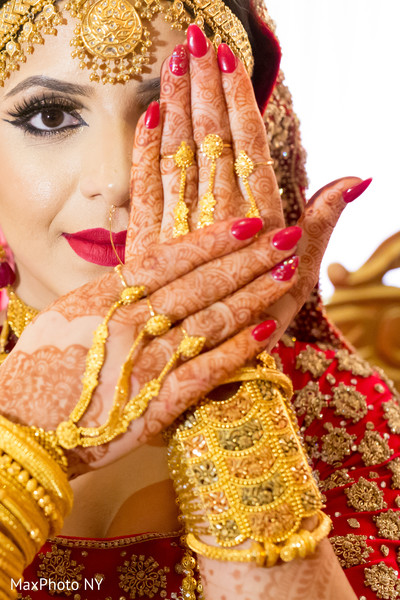 indian bride,indian bridal,indian bridal portrait,indian bride fashions,indian bride style