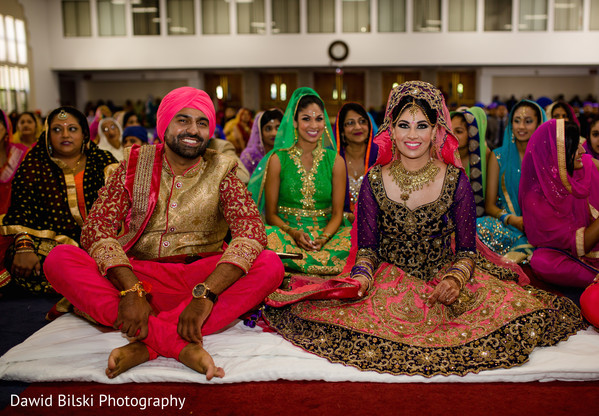 bride and groom portrait,indian wedding day portrait,bride and groom outdoors,indian bride and groom portrait,indian fusion wedding day portrait,sikh wedding,sikh wedding ceremony,punjabi wedding,punjabi wedding ceremony