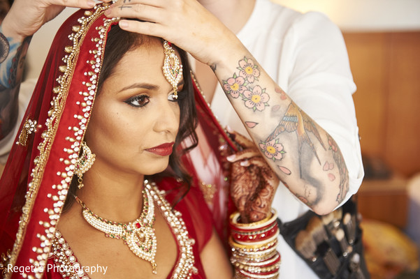 indian bride getting ready,indian bridal make up,indian bride