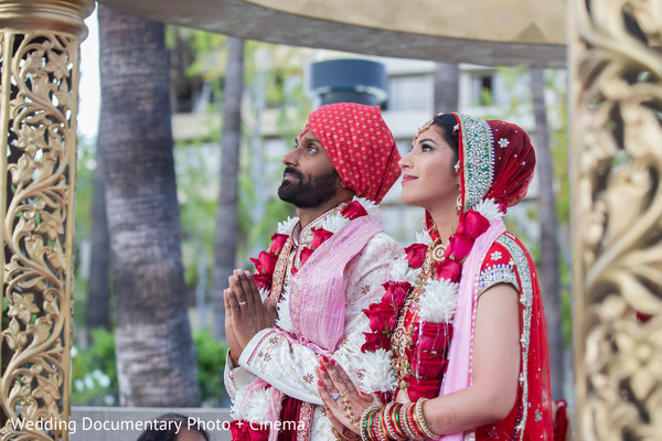 indian bride,indian wedding ceremony photography,indian wedding gallery