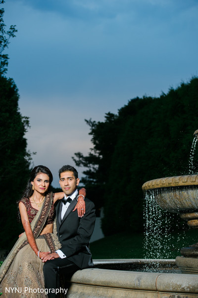 indian wedding reception,indian wedding portrait,south asian reception portraits,south asian outdoor portrait,south asian couple outdoor portrait