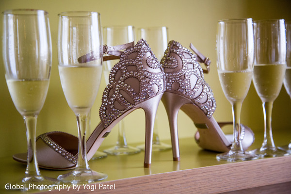 indian wedding shoes,indian bridal fashions