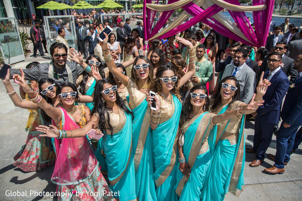 indian wedding baraat,indian bridesmaids