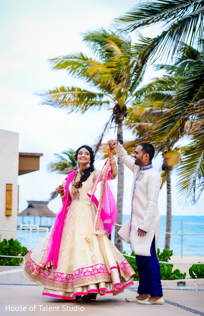 indian bride and groom,indian wedding day portrait,bride and groom outdoors,indian fusion wedding day portrait,indian bride and groom beach side wedding