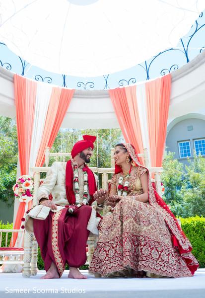 indian wedding ceremony photography,indian wedding mandap,indian bride