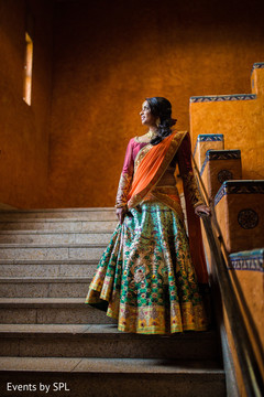 indian wedding sangeet portraits,indian wedding party portraits,sangeet portrait bride,south asian bride portrait,south asian bride sangeet portrait