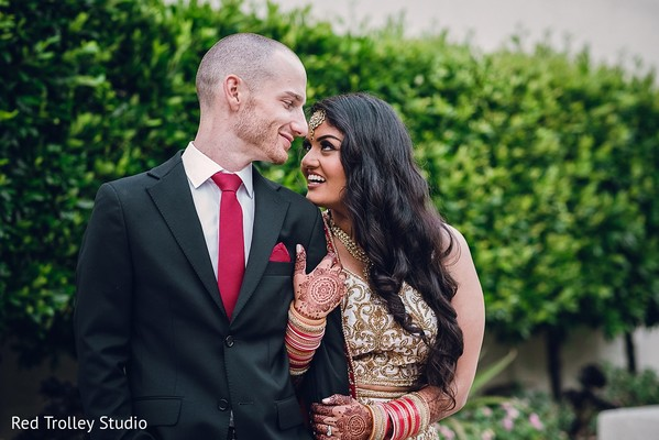 indian bride and groom,indian wedding day portrait,bride and groom outdoors,indian fusion wedding day portrait