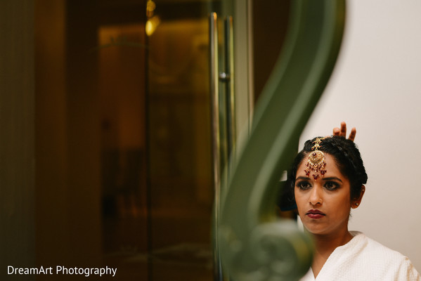 indian bride hair and makeup,indian bride makeup