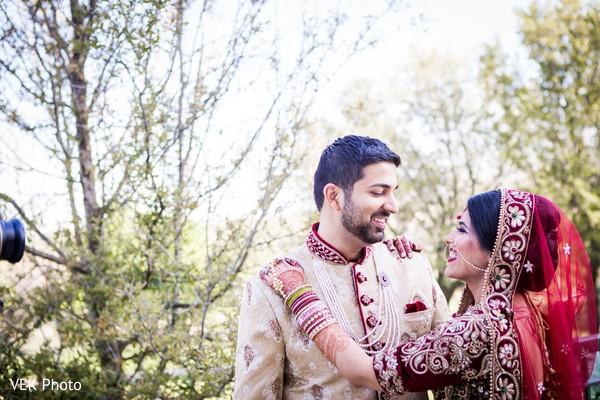 Sweet  first impression indian wedding capture.