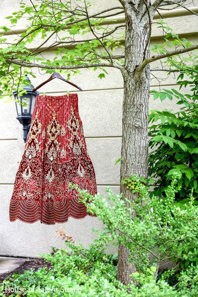 indian bridal fashions,indian sari