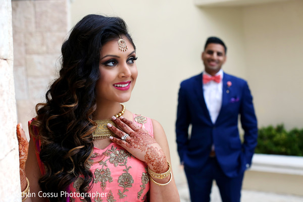 indian wedding reception,indian wedding portraits,indian wedding portrait,south asian wedding reception portraits,indian bride,indian bride and groom reception day portrait
