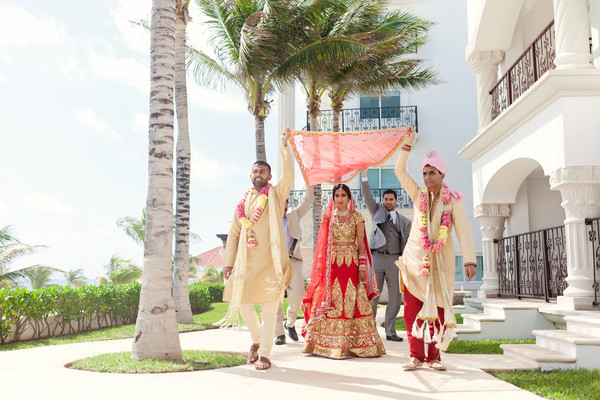 indian wedding ceremony photography,indian bridal fashions